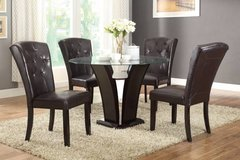 New! Glass Round Table+4 Chairs FREE DELIVERY in Camp Pendleton, California