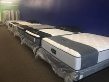 Wrappers pillow top mattress and box 50-80% off retail store prices!« in Camp Pendleton, California
