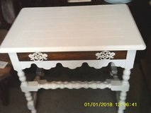 TABLE ALL WOOD WITH DRAWER MINT in Tinley Park, Illinois