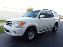 Toyota Sequoia Limited 7-Passenger 3 Row 4x4 V8 Sunroof Leather Loaded in Cherry Point, North Carolina