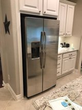 GE Appliances GSE25HSHSS 25.3 cu. ft. Side-by-Side Refrigerator - Stai in The Woodlands, Texas
