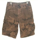 AriZona Brown Beige Camouflage Cargo Shorts Mens Tag 30 Measures 28 CAMO in Yorkville, Illinois