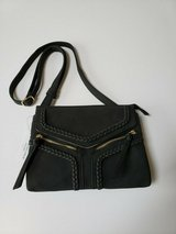 nwt violet ray nyc magnetic flap crossbody purse * black in Bolingbrook, Illinois