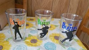 3 BEATLES Pint Size Glassware! Paul, George, Ringo (John is missing)   Pose is full body in Bellaire, Texas