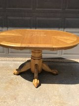 Beautiful oak kitchen table with leaf in Chicago, Illinois