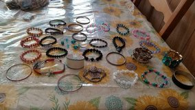 20 pc mixed lot of bracelets.  cuffs, bangles, stretchable beads, clasp in Houston, Texas