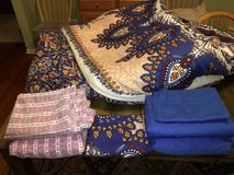Twin XL comforter and 2 sheet sets- freshly laundered in Glendale Heights, Illinois