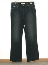 Levis 512 Perfectly Slimming Boot Cut Denim Jeans Womens 10 M 10M in Yorkville, Illinois