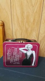 Special Marilyn Monroe Tin Lunch Box - Never Used!         Vandor brand in Bellaire, Texas