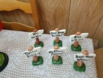 """6 Ceramic Beach Sign Figurines! 4"""" each Good condition! in Bellaire, Texas"""