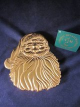 VIRGINIA METALCRAFTERS Brass Santa Claus 9th Ninth Christmas Trivet in Chicago, Illinois