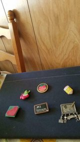 Mixed Lot of Pins Brooches Teachers, Education! 6 pcs in Kingwood, Texas
