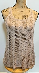 NWT-- Pink Republic Tan Open Knit Tank, Medium, MSRP $36 in Aurora, Illinois