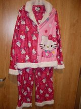 Girls' Hello Kitty Coat Pajama Sleepware Set (T=37) in Fort Campbell, Kentucky