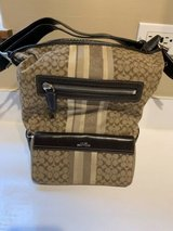 coach shoulder purse along with matching wallet in Bolingbrook, Illinois