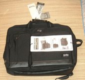 NEW Solo Duane 15.6 Inch Laptop Hybrid Briefcase Converts to Backpack BLACK in Joliet, Illinois