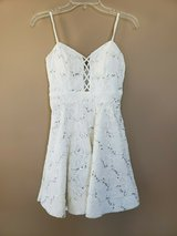 BEAUTIFUL WHITE HOMECOMING OR PROM DRESS SIZE 5 in Naperville, Illinois