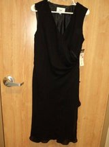 Donna Ricco Black Dress (T=18) in Clarksville, Tennessee