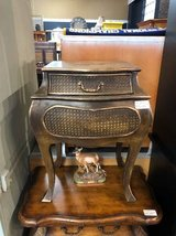 Splendid accent table in Chicago, Illinois