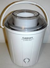Like New! Cuisinart 1.5qt Frozen Yogurt - Ice Cream - Sorbet Maker in Joliet, Illinois