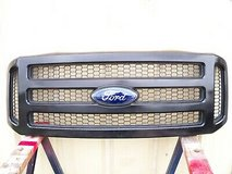 2005 2006 2007 ford super duty f250 f350 black grill grille and emblem 05 06 07 in Kingwood, Texas