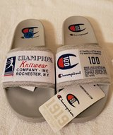 New -Champion 100 Slides - Sz 10 in Cleveland, Texas