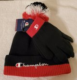 New - Kids Champion Knit Hat & Gloves in Cleveland, Texas