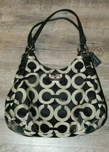 Coach 17689 Madison Maggie OP Art Shoulder Bag Purse in Houston, Texas