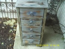 reduced..THIS IS A UNIQUE DRESSER ,LOW PROFILE in Orland Park, Illinois