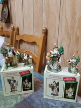 2 international santa claus collection (wales & chili) figurines & ornaments in Bellaire, Texas