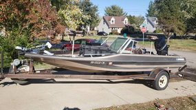 1985 ProCraft 1750 fish and ski in Fort Campbell, Kentucky