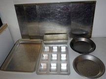Insulated Baking Pans / Sheets ~Pie Bread Cookies *Choose any 2 for $10* in Orland Park, Illinois
