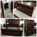 5pc Dark Cherry Lacquer Finish Queen Bedroom set-Made in Italy in Joliet, Illinois