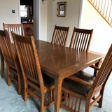 Thomasville Table and Chairs in Oswego, Illinois