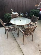 5-Pc Vintage Patio Set in Travis AFB, California