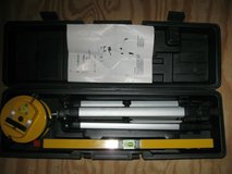 tuv laser level ept-97a 400mm with tripod, case and instructions in Camp Lejeune, North Carolina