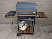 Char Broil BBQ Grill with Side Burner in Kingwood, Texas