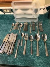 Oneida 65 piece flatware set in Shorewood, Illinois