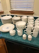 Pfaltzgraff 57 piece dish set in Shorewood, Illinois