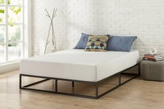 Zinus 10 Inch Full Size Platform Bed Frame - New! in Shorewood, Illinois