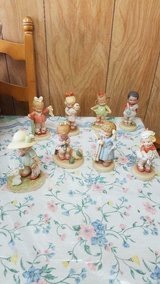 ENESCO Memories of Yesterday Figurine Lot of 8 figurines!  Original Boxes included! in Bellaire, Texas
