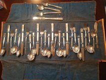 WM. Rogers AA Heavy Oneida. Silverplate Place Setting for 7 in Beaufort, South Carolina