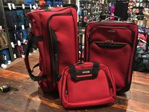 3 piece luggage set Brand new in red color including 3 piece in Camp Pendleton, California