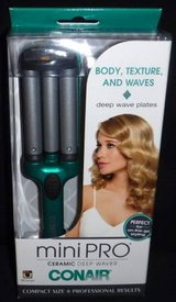 New! Conair MiniPro Deep Wave Ceramic Curling Iron Styler in Orland Park, Illinois