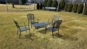 GARDEN ALUMINUM PATIO SET in Chicago, Illinois