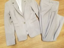 Ladies pantsuit by Express size 2 in Vista, California