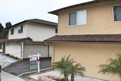 Beautiful Upper Level Apartment-Close to Camp Pend in Camp Pendleton, California