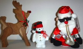 Christmas Holiday Decor - Reindeer Snowman Dancing/Singing Santa in Naperville, Illinois