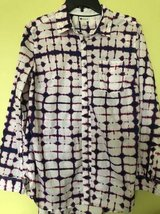 Women's blouse Stylus size L in Bolingbrook, Illinois