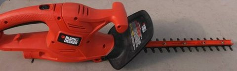 """Hedge Clippers. Corded. 16"""" Black & Decker. Used. in Navasota, Texas"""
